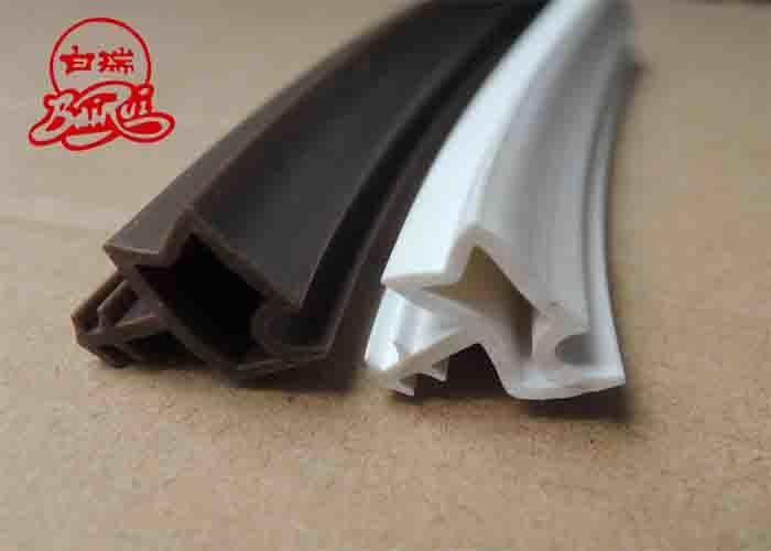 Sealing Strip Grade Natural Calcium Carbonate / Light Pcc Calcium Carbonate 2.7-2.95 Density